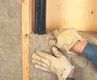 Способы утепления труб водоснабжения в частном доме